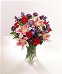 The FTD® Stunning Beauty™ Bouquet - Standard by Suinshine Florist
