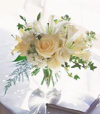 White Roses & Lilies by Suinshine Florist