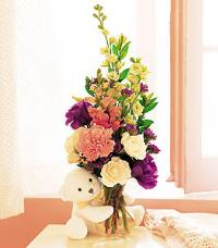 Bear Hug with Flowers by Suinshine Florist