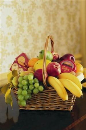 Cheese, Crackers & Fruit Basket by Suinshine Florist